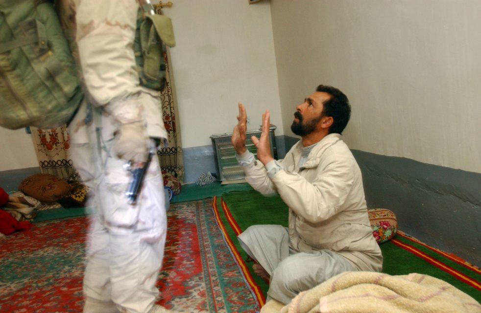 02-01-04. Iraq, Samara.