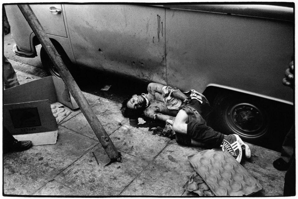 El Salvador, San Salvador, 1980. Victim of the blood bad.