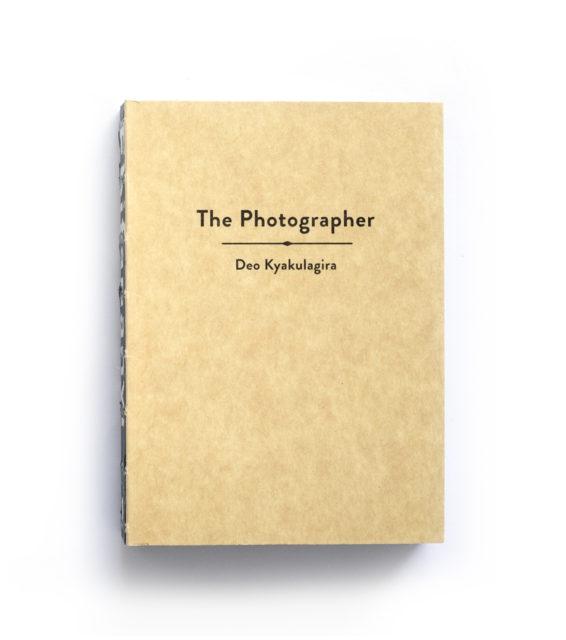 Cover Ebifananyi 1: The Photographer