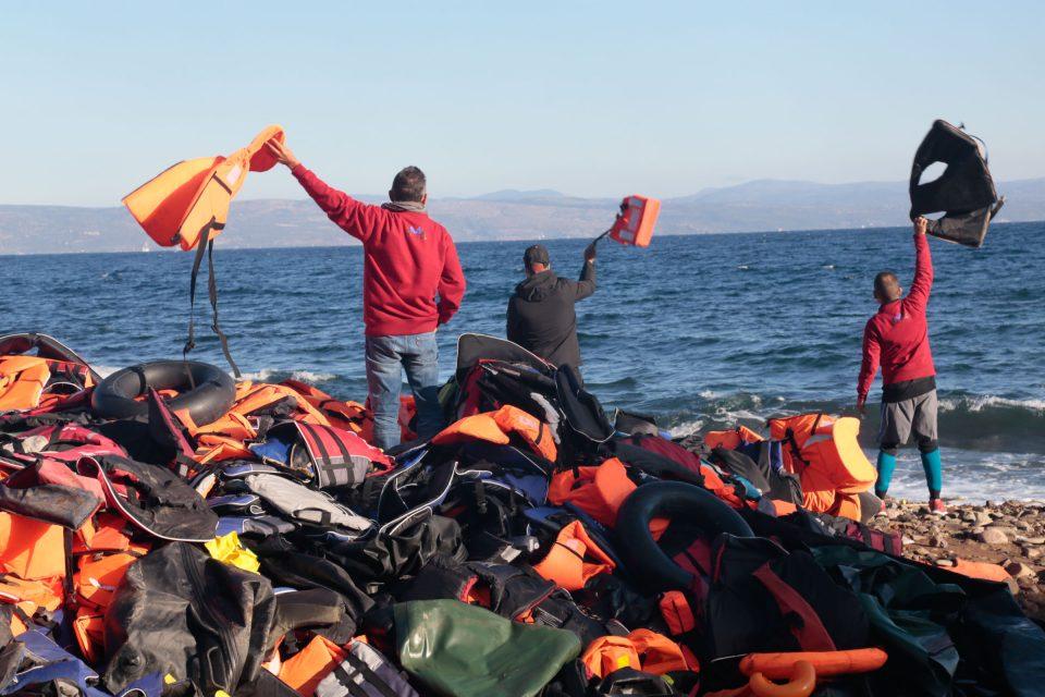 Borders Kill - Nikos Pilos