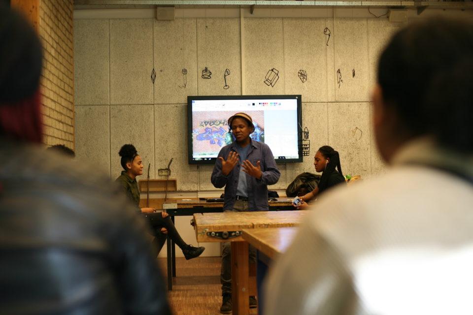 Lebo Tlali giving a workshop at Open Schoolgemeenschap Bijlmer, April 2019