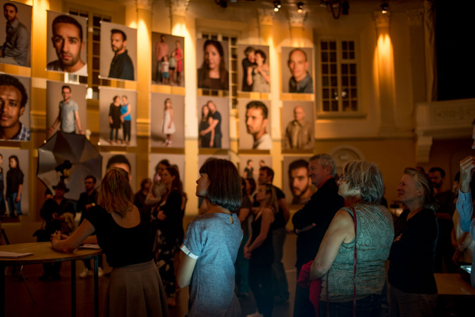 Festive wrap-up of the exhibition with visitors and portrayed Amsterdammers on Sunday 25 September 2016