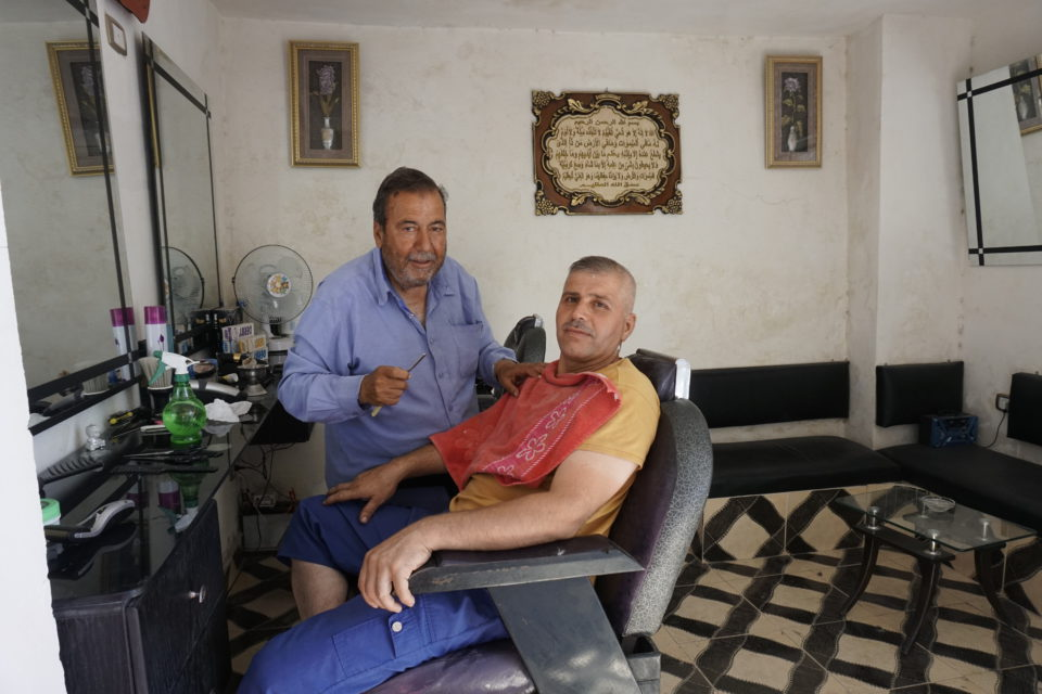 Even with limited resources, small businesses cleaned their shops and started giving service to Aleppians as of beginning of 2017.
